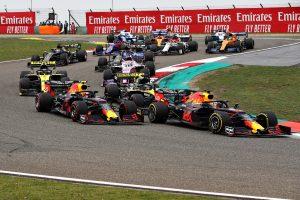 F1 | 2019年F1第3戦中国GP 決勝スタート直後のマックス・フェルスタッペン(レッドブル・ホンダ)