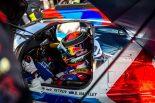 SMPレーシングの11号車BRエンジニアリングBR1・AERに乗り込んだブレンドン・ハートレー