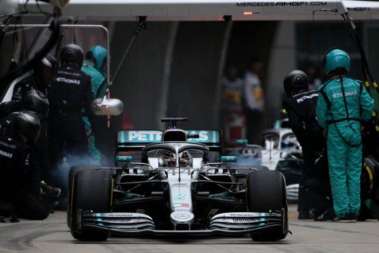 F1 | F1中国GPで完勝したメルセデス「ダブルピットストップはいつでも実行できる作戦ではないが、常に準備はしておきたい」