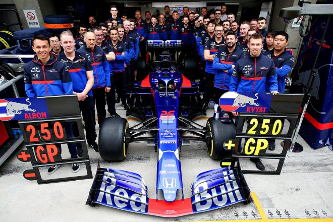 F1 | 困難をはねのけ、ピットスタートから10位に入賞したアルボン【今宮純のF1中国GP採点】
