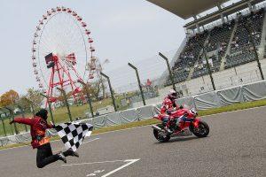 MotoGP | レース2も独走優勝でダブルウィンを果たした高橋巧(Team HRC)