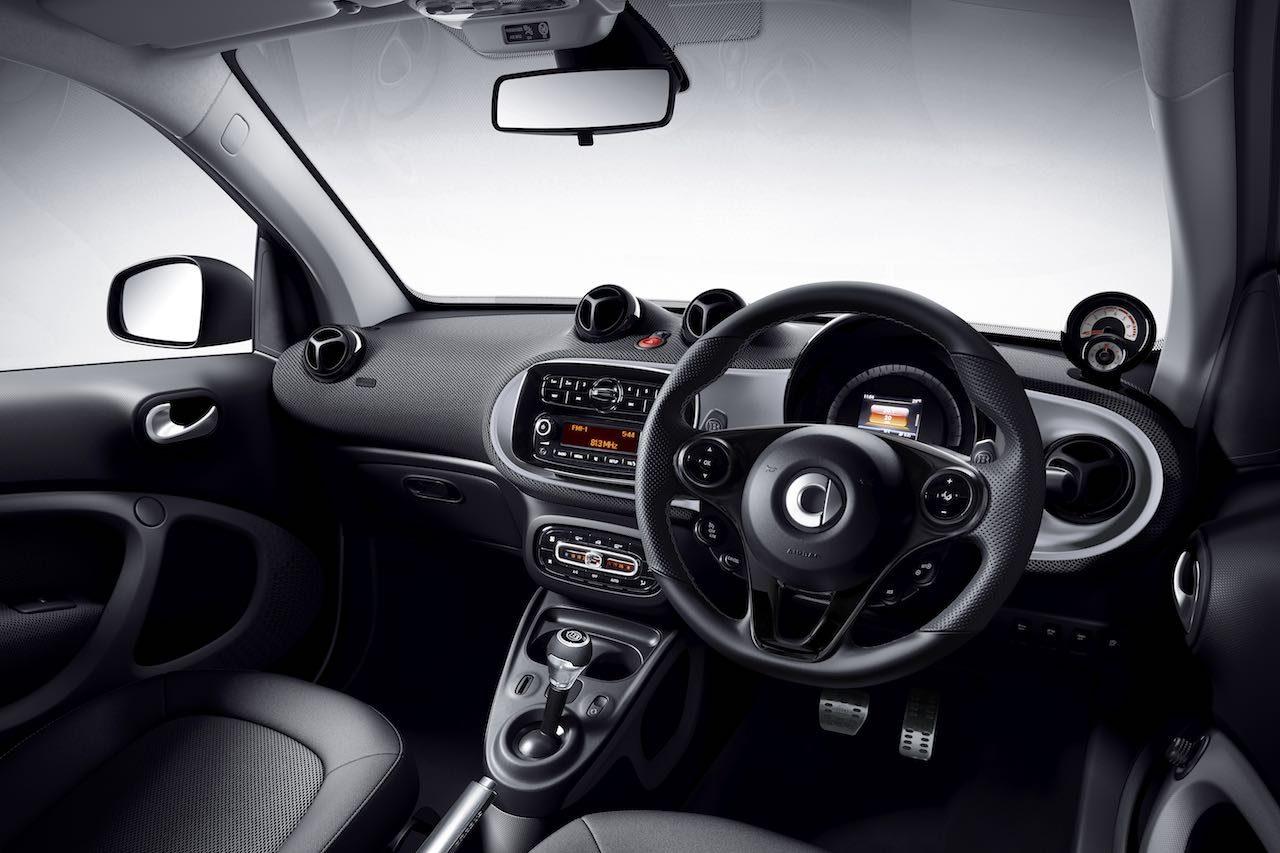 シティコミューターの『smart』からガソリン仕様最後の特別仕様車2モデルが登場