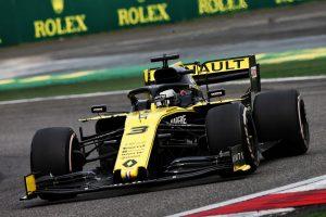 F1 | ルノーPUにトラブル頻発も「F1で再びトップに立つために避けては通れない事態」とプロスト