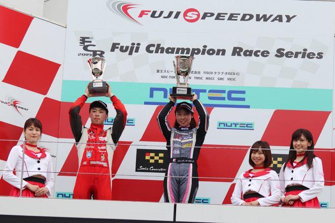 国内レース他 | スーパーFJ富士戦で村松日向子が初優勝。女性ドライバーの優勝は2010年の神子島みか以来