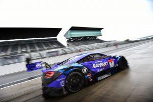 スーパーGT | スーパーGT:鈴鹿サーキットでタイヤメーカーテストがスタート。雨の中19台が周回