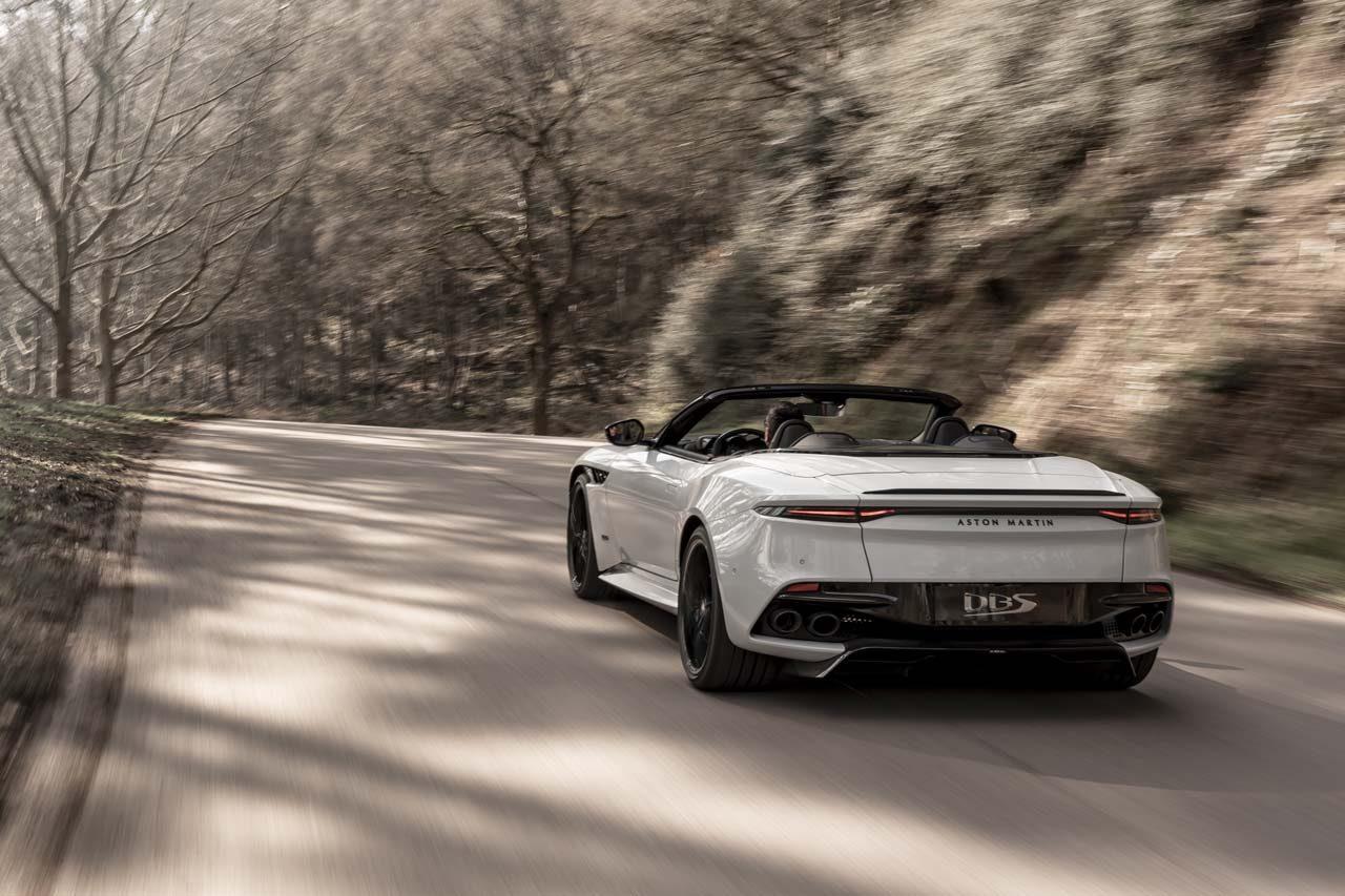 アストンマーティン、史上最強V12オープンカー『DBSスーパーレッジェーラ ボランテ』発表