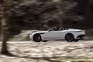 クルマ | アストンマーティン、史上最強V12オープンカー『DBSスーパーレッジェーラ ボランテ』発表