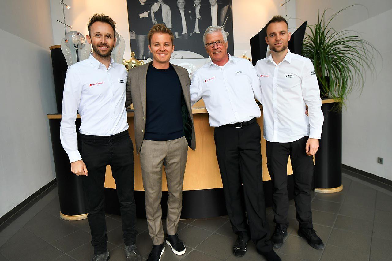DTM開幕直前! アウディチーム発表会&ファクトリーを連続訪問(2)ニコと一緒に見学するチーム・ロズベルグ