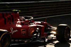 F1 | F1第4戦アゼルバイジャンGP FP2:最速はフェラーリ勢。6番手タイムのクビアトがクラッシュ
