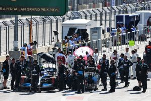 F1 | クビサ「決勝までにマシンを直してくれたメカニックたちに心から感謝」:ウイリアムズ F1アゼルバイジャンGP日曜
