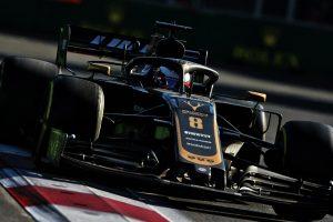 F1 | グロージャン、バクーで起きたタイヤトラブルに不満を募らせる「フロントタイヤを信頼できなかった」