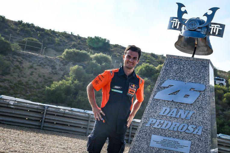 MotoGP | ペドロサのサムライ兜がヘレスに登場。MotoGPスペインGPでペドロサコーナーのセレモニー開催