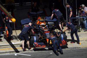 F1   ホンダ田辺TD「オイル漏れによりフェルスタッペンのPUをスペック2に交換。プラン変更で慌ただしい一日に」:F1スペインGP金曜