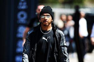 F1   ハミルトン「プレシーズンテストの時の方がマシンの感触がよかった。予選までにバランスを改善したい」:メルセデス F1スペインGP金曜