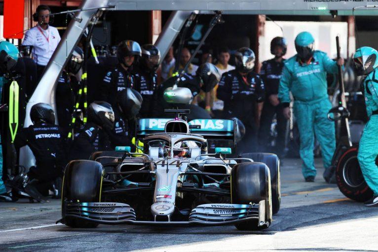 F1 | F1、今秋にも18インチタイヤのテストを実施。メルセデスら3チームが参加、フェラーリは2020年よりテスト開始
