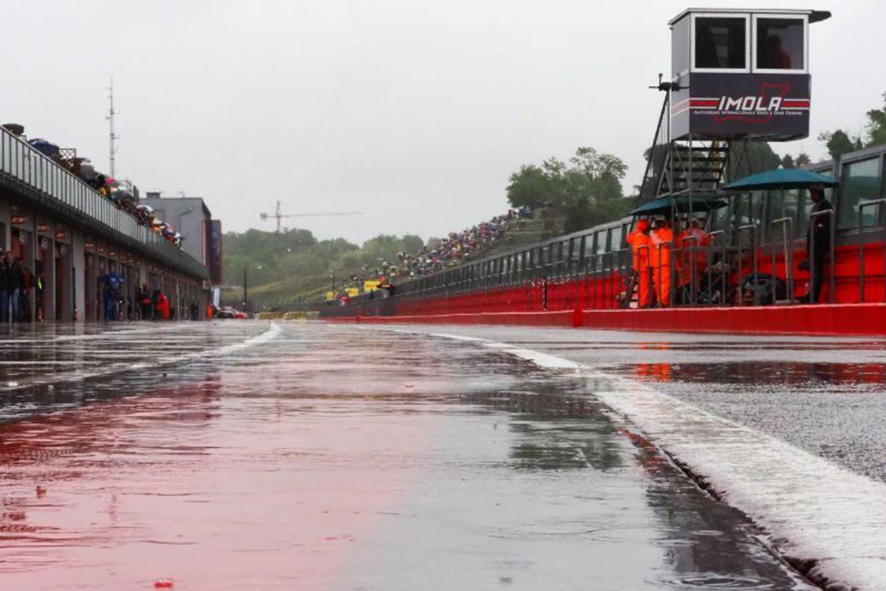 SBK第5戦イモラ:レイが今季初優勝飾るもレース2は降雨で中止。WSSは大久保が自己ベストの4位