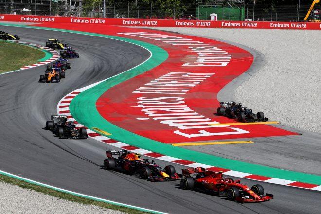 2019年F1第5戦スペインGP シャルル・ルクレール(フェラーリ)を追うピエール・ガスリー(レッドブル・ホンダ)