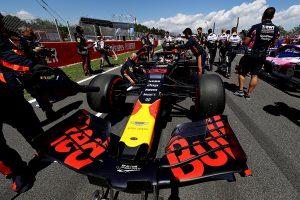 F1   レッドブル・ホンダF1密着:3位表彰台はミスのない走りとチームの総合力の成果。しかし進歩著しいメルセデスは遠く