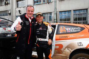 ラリー/WRC | 勝田貴元のクラス優勝を喜ぶトミ・マキネン