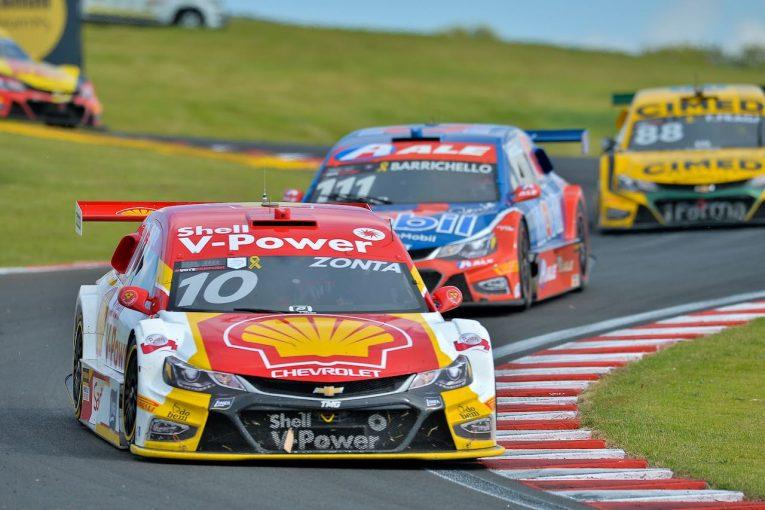 海外レース他 | ブラジルの人気レース『SCB』、第2戦で元F1ドライバーのゾンタが優勝。バリチェロも2位に食い込む