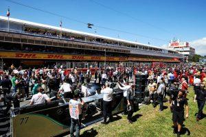 F1   ピレリ「セーフティカーが影響を及ぼし、上位勢はフリーピットストップを得た」