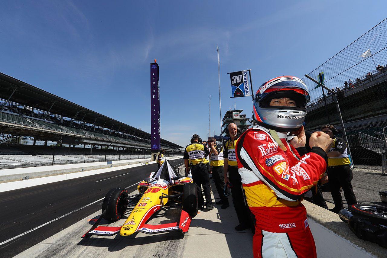 スペシャルカラーでインディ500に挑む佐藤琢磨「午後はちょっとスピードが足りなかった」