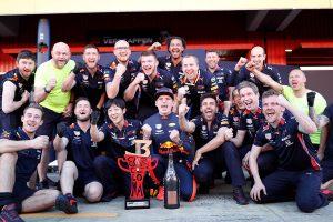 F1   レッドブル・ホンダのマシンで最大限の結果を持ち帰るフェルスタッペンのドライビング力【今宮純のF1スペインGP採点】
