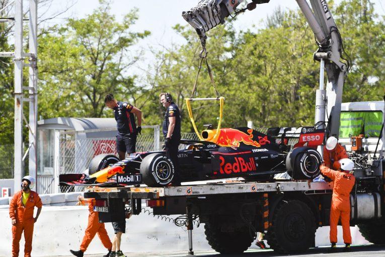 F1 | レッドブルに駆動系のトラブル。2日連続コース上でストップも「走行自体は満足できるものだった」とティクトゥム:F1バルセロナテスト2日目