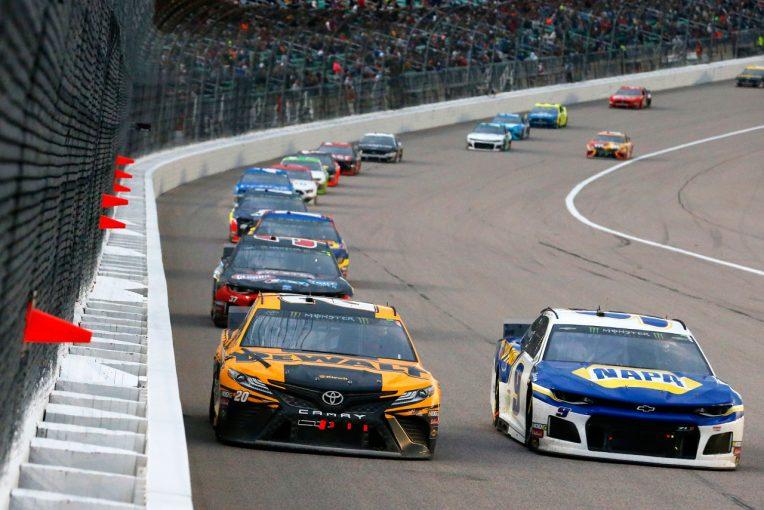海外レース他 | TOYOTA GAZOO Racing 2019年NASCAR第12戦カンザス レースレポート