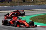 F1 | 元F1ドライバー、メルセデスとフェラーリのチーム内バトル激化を予想「心理戦はメディアから影響を受ける」