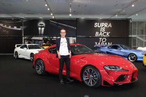 クルマ | 新型GRスープラの発表会に登壇したGAZOO Racing Company プレジデントの友山茂樹氏