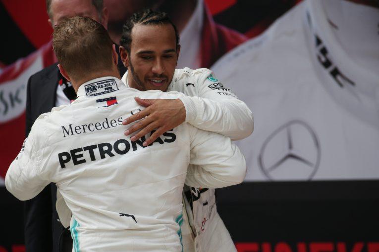 F1 | ハミルトン、最大の脅威は「最も身近な人物」と語りチームメイトの台頭を喜ぶ