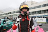 TCRジャパンシリーズ第1戦オートポリスのサンデーシリーズを制した金丸ユウ
