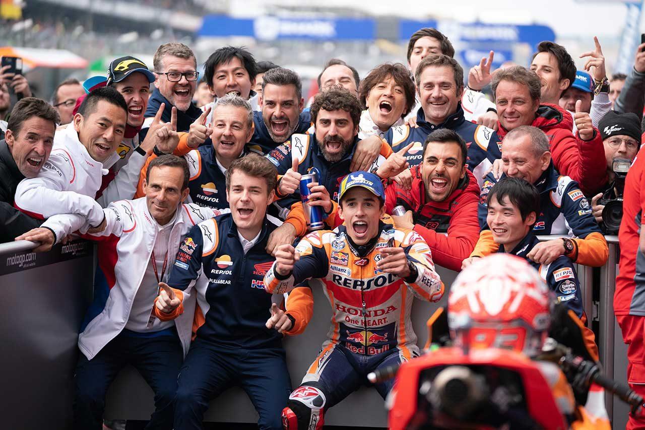 マルケスがドゥカティ勢の追撃を退け、MotoGPフランスGPで今季3勝目。中上は今季初の転倒リタイア