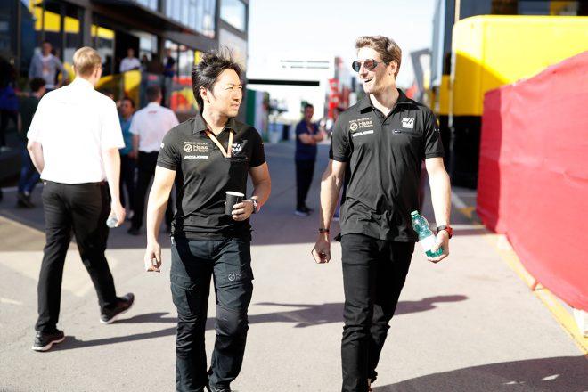 F1   【F1チームの戦い方:小松礼雄コラム第5回】僚友同士のバトル中のチーム代表とのやりとり。アップデート奏功も喜べないスペインGP