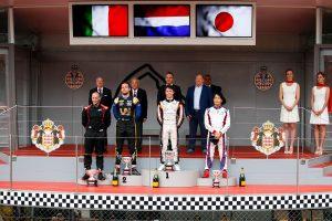 海外レース他 | FIA-F2第4戦モナコ レース1 ニック・デ・フリース(ART)、ルカ・ギオット(ユニヴィルトゥオーシ)、松下信治(カーリン)