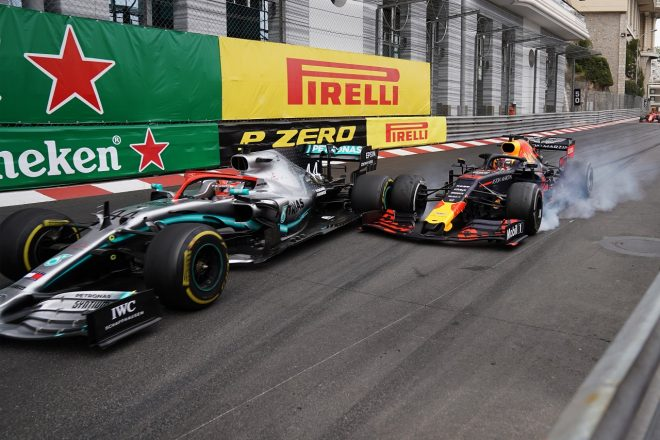 2019年F1第6戦モナコGP マックス・フェルスタッペン(レッドブル・ホンダ)とルイス・ハミルトン(メルセデス)のバトル