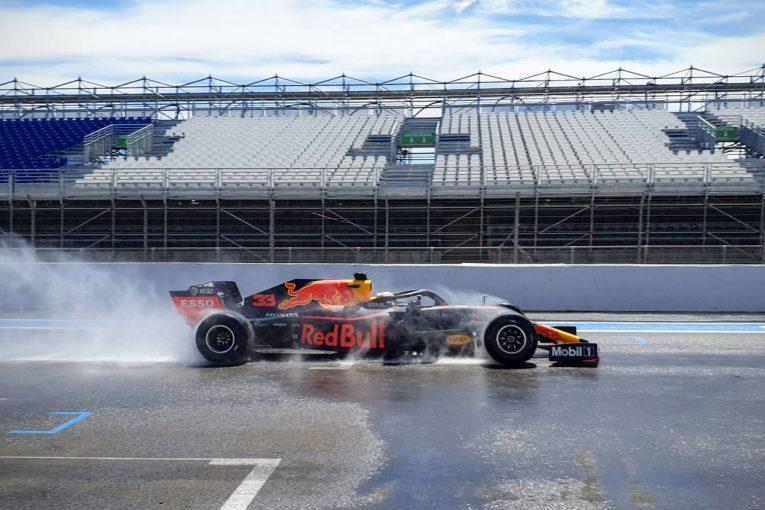 F1   レッドブル・ホンダ&フェラーリが2020年用F1タイヤテスト。フェルスタッペンらレースドライバー4人が走行