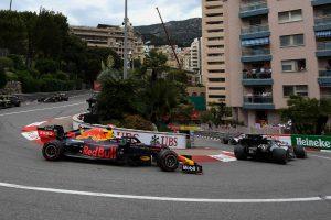 F1 | レッドブル首脳、フェルスタッペンへのペナルティに不満示す「スチュワードはマックスを好きではないと分かった」
