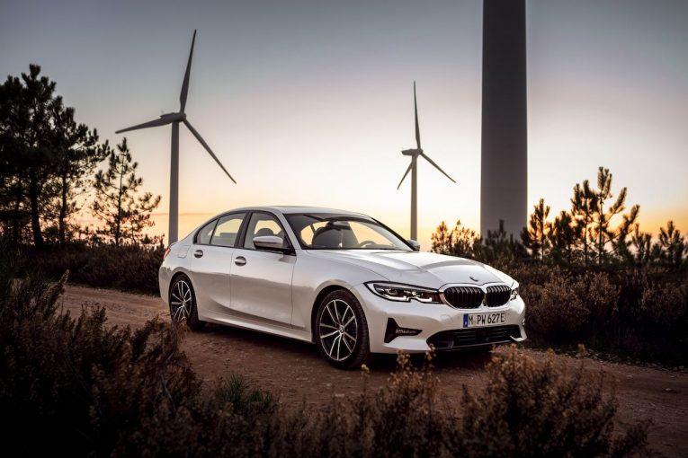 クルマ | 新型『BMW 3シリーズ』に、ディーゼル4WD追加。直6ターボ4WD、PHVも遅れて登場