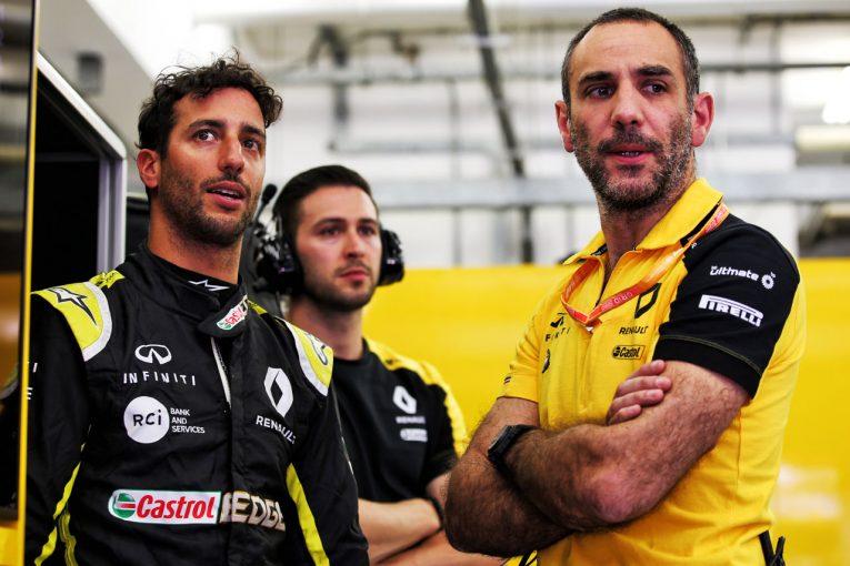 F1 | 契約延長に失敗したルノーF1、離脱するリカルドに冷淡な反応