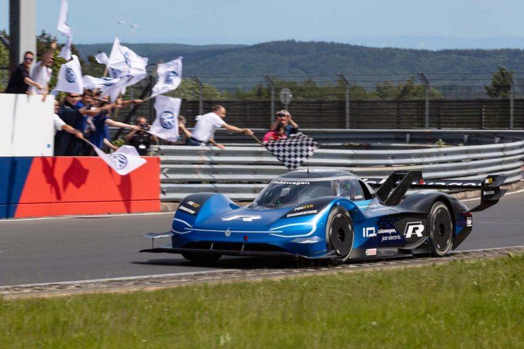 海外レース他 | VW、ニュルブルクリンクのレコードを大幅更新。ID.Rで電気自動車最速となる6分5秒マーク
