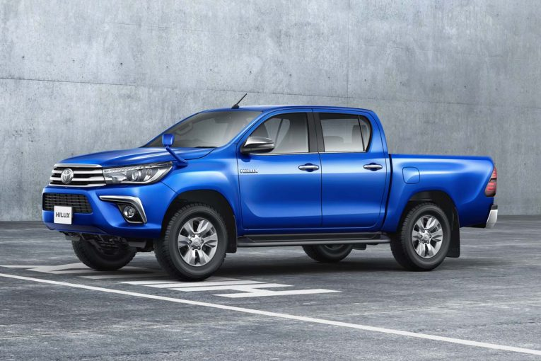 クルマ | トヨタ、『ハイラックス』を一部改良。安全装備の向上に加え、リヤデフロックが全車標準に