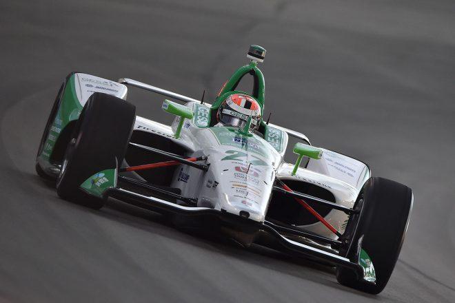 緑と白のスペシャルカラーリングで挑むアレクサンダー・ロッシ