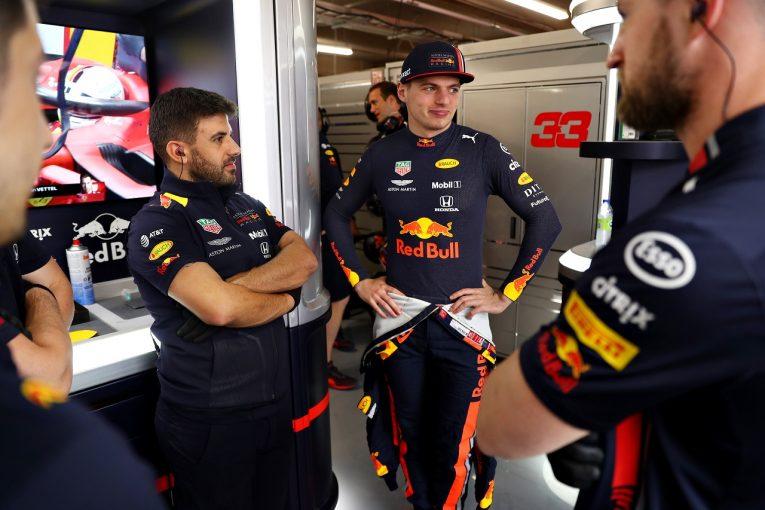 F1 | フェルスタッペン13番手「ガスリー車の後ろで態勢が乱れ、ウォールにヒットした」:レッドブル・ホンダ F1カナダGP金曜