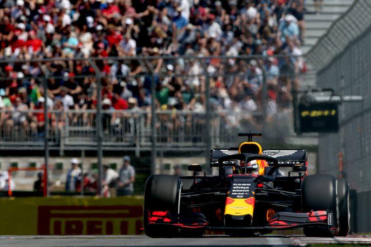 F1 | レッドブル・ホンダF1密着:フェルスタッペンはウォールへの接触でアタック完遂できず。走行データ不足も一抹の不安