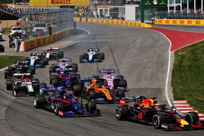 2019年F1第7戦カナダGP 決勝スタート直後のマックス・フェルスタッペン(レッドブル・ホンダ)