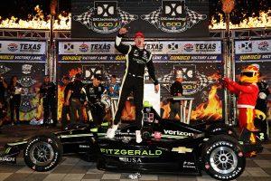 海外レース他 | インディカー第9戦テキサス戦詳報:作戦が的中したニューガーデンが今季3勝目。60周リードの琢磨はピットミスで勝利を逃す