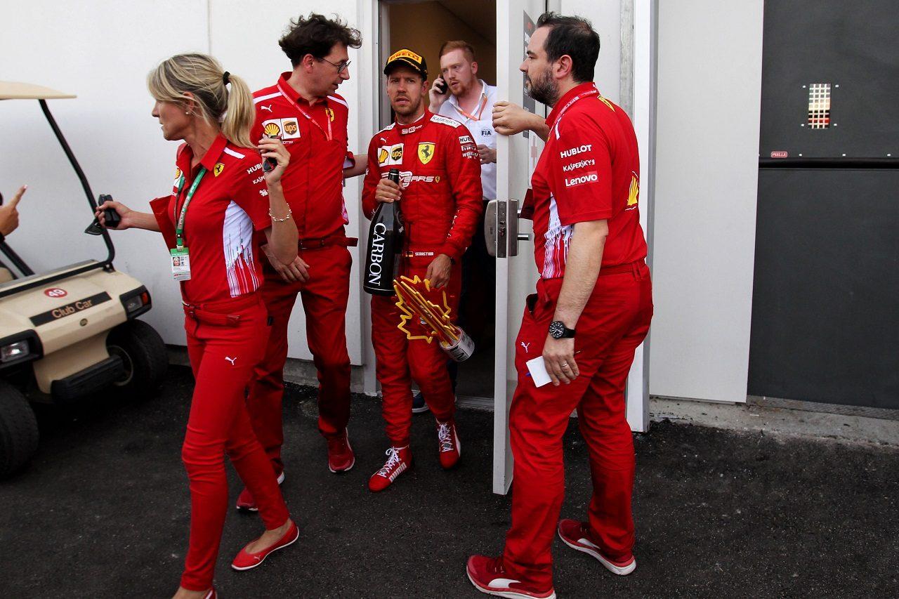 2019年F1第7戦カナダGP 表彰式後のセバスチャン・ベッテル(フェラーリ)