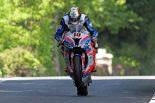 2019マン島TTスーパーバイククラスで優勝したピーター・ヒックマン(Smiths Racing BMW)